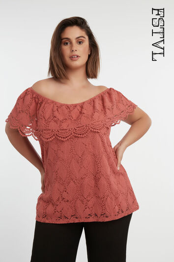 Off-shoulder top met kant